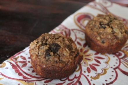 {oatmeal raisin muffins}