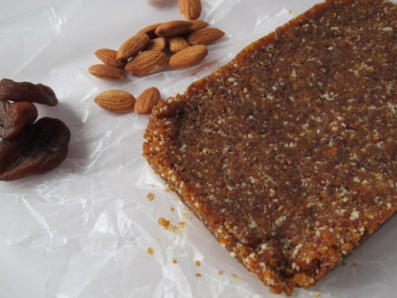 {apricot almond energy bars}
