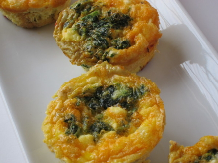 {sundried tomato & kale egg muffins}