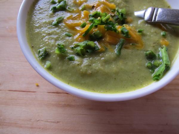 broccoli pesto soup