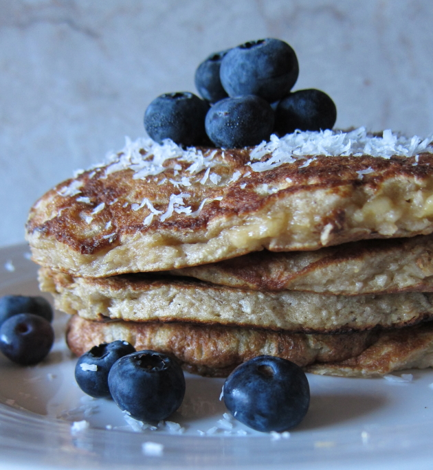 Cooking Fit with Sep » {coconut macaroon pancakes}